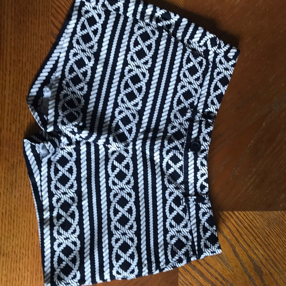 crown & ivy Pants - Crown & Ivy shorts like new